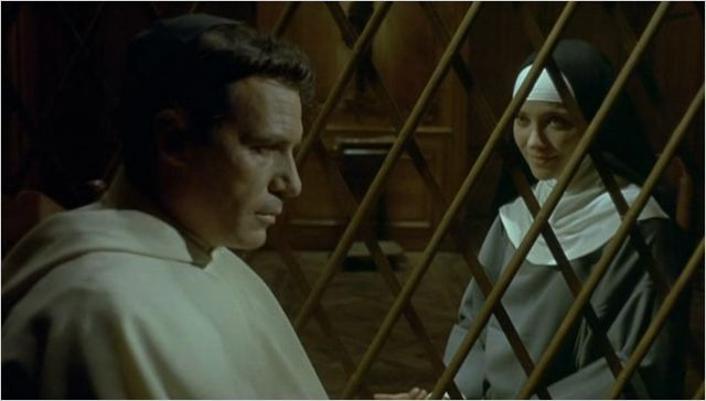 Simplesmente arrebatador o carisma de Anna Karina como Suzanne